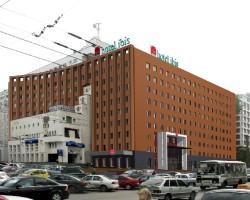 Отель Ибис***